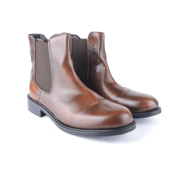 1c86635bd4dfb Bata Shoes | Italy Ankle Chelsea Brown Mens Boots Size 6 | Poshmark